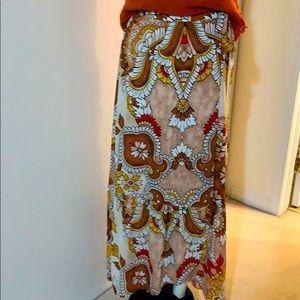 BCBGMAXAZRIA boho style wrap skirt